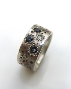6b359ec4a34 21 Alternative   Amazing Wedding Rings by NZ Jeweller Debra Fallowfield