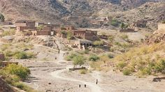 Village of mud brick houses in the Khyber Pass,Tribal Areas, #Pakistan via @AJEnglish