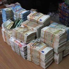 Counterfeit Money for Sale - Buy Fake Money Online Cash Money, Money Now, Big Money, Make Money Fast, Make Money Blogging, Make Money From Home, Make Money Online, Money Girl, Quick Cash