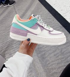 All Nike Shoes, Nike Shoes Air Force, Hype Shoes, New Shoes, Pretty Shoes, Beautiful Shoes, Cute Sneakers, Shoes Sneakers, Sneakers Fashion