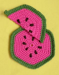 http://www.ann-sophie-design.blogspot.com/2012/02/die-ist-richtig-toll-eine-schone-arbeit.html  Mellon Potholder