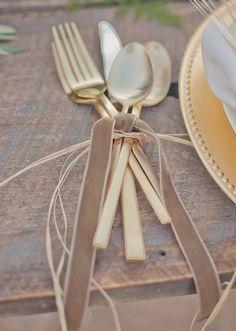Vintage wedding decor ideas: Fun way to set the tables/flatware. Vintage Wedding Centerpieces, Wedding Table, Rustic Wedding, Wedding Decorations, Wedding Day, Rustic Centerpieces, Wedding Stuff, Woodland Wedding Inspiration, Deco Table