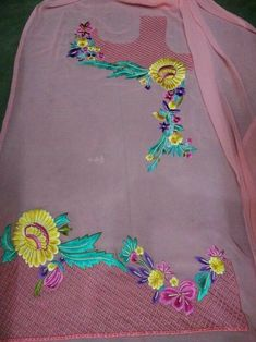 new ideas for embroidery designs for suits beautiful Salwar Suit Neck Designs, Neck Designs For Suits, Sleeves Designs For Dresses, Dress Neck Designs, Kurta Designs Women, Bridal Blouse Designs, Embroidery Suits Punjabi, Embroidery On Kurtis, Kurti Embroidery Design