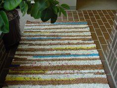 Plarn rugs