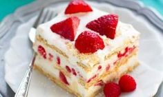 Gâteau de rêve aux fraises sans cuisson... Un dessert à découvrir