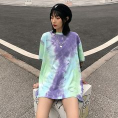 diy tie dye shoes orange tie dye shirts tie dye a towel Pastel Shirt, Pastel Tie Dye, Camisa Tie Dye, Moda Tie Dye, Batik Mode, Ty Dye, Tie Dye Party, Diy Tie Dye Shirts, Tie Dye Fashion