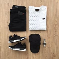 What would you add to complete this outfit? Please rate this outfit below ⤵️ Shirt: x Jeans: Miracle Air Hat: Shoes: NMD - Japan Boost Wallet: . Cool Outfits, Casual Outfits, Men Casual, Fashion Outfits, Fashion Ideas, Herren Style, Outfit Grid, Mode Style, Men Looks