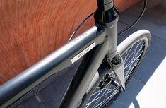 """Schwarz, schön und schnell: Das neue E-Bike """"ONE Rome"""" von Coboc besitzt einen fast unsichtbaren elektrischen Antrieb, ist ungewöhnlich leicht und sieht zudem verdammt gut aus. Wie es sich in der Praxis fährt, zeigt dieser Test. Kurzer Rückblick: Schon mit … Weiterlesen"""