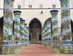 Santa Chiara Monastery, one of my favorite places in Naples, has a peaceful cloister with stunning majolica tiled columns.