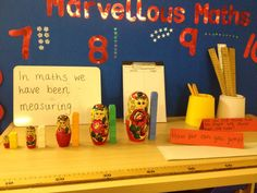 Maths display - measuring Eyfs Curriculum, Maths Eyfs, Literacy And Numeracy, Measurement Activities, Math Measurement, Preschool Math, Teaching Math, Math Centers, Math Activities