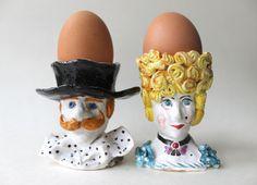 Dame et Monsieur main sculptée en céramique par Natvasclayandpaper, $59.00