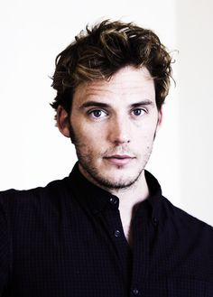 Welcome on Sam Claflin Daily