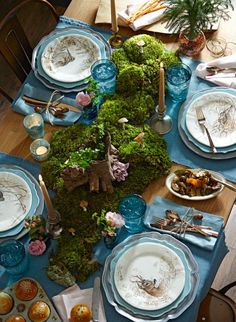 How to create this stunning woodland table: http://www.midwestliving.com/holidays/christmas/woodland-inspired-christmas-menu/?page=1