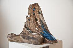 Mosaic Rocks, Wood Mosaic, Mosaic Art, Mosaic Glass, Driftwood Sculpture, Driftwood Art, Stained Glass Projects, Stained Glass Patterns, Driftwood Projects