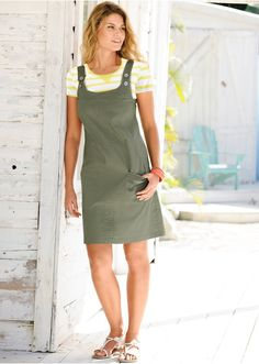 Apron, Casual, Fashion, Vestidos, Dressmaking, Moda, Fashion Styles, Fashion Illustrations, Aprons
