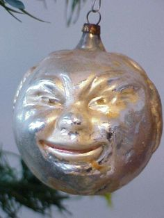 "Antique Blown Glass Figural ""Black Man's Head "" Tree Ornament."