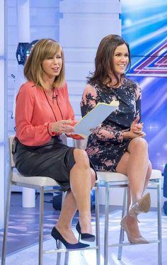 Susanna Reid braves the cold in skintight mini dress on Good Morning Britain Sexy Older Women, Sexy Women, Curvy Women, Suzanna Reid, Holly Willoughby Legs, Animatrices Tv, Bbc Presenters, Avengers Girl, Kate Garraway