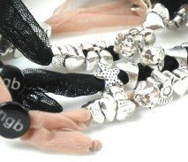 Charms & strass
