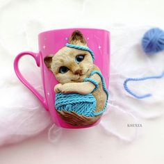Кружечка сделана на заказ для маленькой девочки. #полимернаяглина #пластика #фимо #ручнаяработа #ярмаркамастеров #кружкасдекором #кружканазаказ #кружкавподарок #котенок #polymerclay #mug #livemaster #handmade #cat