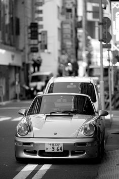 I will own an old Porsche 911 like this within the next 15 years. Beautiful