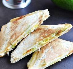 Toast with egg and avocado - Fit Easy At Home Workouts, Feta Dip, Polish Recipes, Polish Food, Ketogenic Diet, Sandwiches, Good Food, Food And Drink, Cooking Recipes