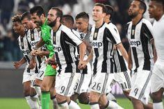 Juventus-Udinese Juventus Fc, Grande, Football, Black And White, Soccer, Futbol, Black N White, Black White, American Football