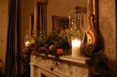 Historic Columbia offers candlelight tours  and carriage rides through the Robert Mills Historic District.