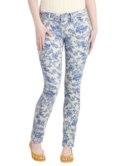 Toile at Once Jeans, #ModCloth This is basically my favorite pattern ever