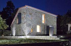 Gallery of Eira House / AR Studio Architects - 30