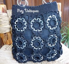 "New Cheap Bags. The location where building and construction meets style, beaded crochet is the act of using beads to decorate crocheted products. ""Crochet"" is derived fro Crotchet Bags, Knitted Bags, Crochet Handbags, Crochet Purses, Pop Tab Purse, Pop Can Crafts, Soda Tab Crafts, Crochet Backpack, Crochet Patron"