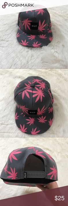 HUF Plantlife leaf box logo SnapBack pink grey Huf Plantlife Marijuana Leaf Box Logo Snapback Color Pink & Grey One Size  In great condition rare hat  Huf One Size adjustable snapback Box Logo Marijuana Leaf HUF Accessories Hats