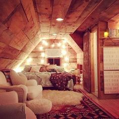 Picturesque Attic Bedroom Ideas On A Budget - Page 6 of 43 Attic Bedroom Decor, Attic Bedroom Designs, Budget Bedroom, Home Bedroom, Bedrooms, Cute Bedroom Ideas, Attic Bedroom Ideas For Teens, Aesthetic Room Decor, Rustic Room