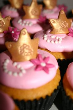 Princess Cupcakes by m cupcakes mmcupcakes.com Princess Cupcakes, Baking Ideas, Cake Ideas, Birthday, Desserts, Food, Princesses, Tailgate Desserts, Birthdays