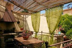 deko ideen balkon terrasse bedeckt sichtschutz