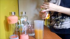 Chia semínka- tajemství zdraví a štíhlosti + recept Voss Bottle, Water Bottle, Detox, Drinks, Health, Smoothie, Youtube, Food, Smoothies