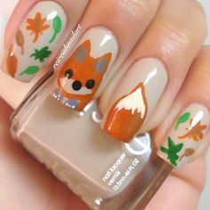 "Fox Nails ~ Essie's ""Sand Tropez"" and for the fox & leaves use acrylic paint"