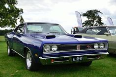 "1969 Dodge Coronet 500/R/T (OK which is it!?) 2 DIFFERENT ""Trim"" levels for this car on the SAME car!"