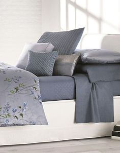 Calvin Klein Shenandoah Comforter Set Women's Lavender
