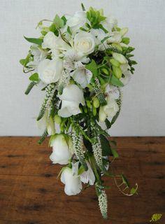 Ramo de novia de caida Mayula flores