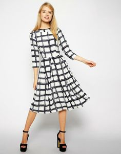 Modest printed midi dress with sleeves | Mode-sty #nolayering