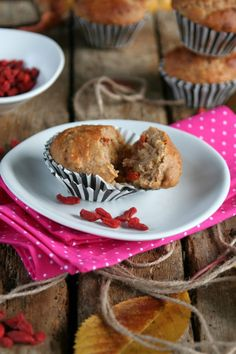 Cinamon muffins with goji