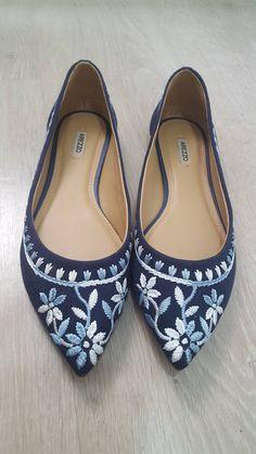 b9f18ab2e Comprar Produtos de Moda Feminina, Moda Masculina, Moda Infantil | Enjoei. Sapatilhas  ArezzoArmário De SapatosSapatos ...