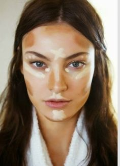 contouring highlighting - she has an oval face like me