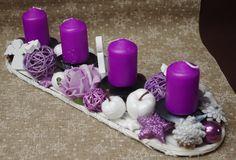 Adventní svícen * fialovo bílá dekorace ♥ Rose Gold Christmas Decorations, Christmas Advent Wreath, Xmas, Candels, Pillar Candles, Centerpieces, Table Decorations, Handmade Flowers, Paper Flowers