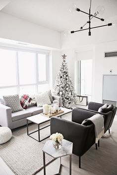 289 Best Holiday Home Decor Images On Pinterest In 2018 Cottage