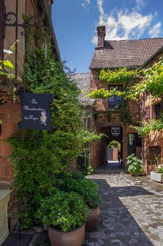 Collonges-la-Rouge, Limousin_ France