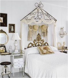 Key Interiors by Shinay: Vintage Style Teen Girls Bedroom Ideas    LOVE THIS