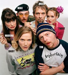 SPACED - one of my fave shows. Written by Simon Pegg & Jessica Hynes, Directed by Edgar Wright Space Tv Series, Space Tv Shows, Antonia Thomas, Sullivan Stapleton, Freddie Highmore, Best Tv Shows, Movies And Tv Shows, Favorite Tv Shows, Simon Pegg
