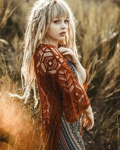 Being a Bohemian Goddess: How to Wear The Boho-Chic Fashion dreads dreadlocks blonde Glamour, Extensions Ombre, Estilo Hipster, Boho Chic, Bohemian, Beautiful Dreadlocks, Dreads Girl, Hippie Hair, Hippie Lifestyle