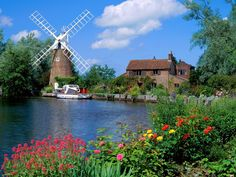 Royalegacy Reviews and More: Wordless Wednesday -- Windmills of the World #WW with Linky